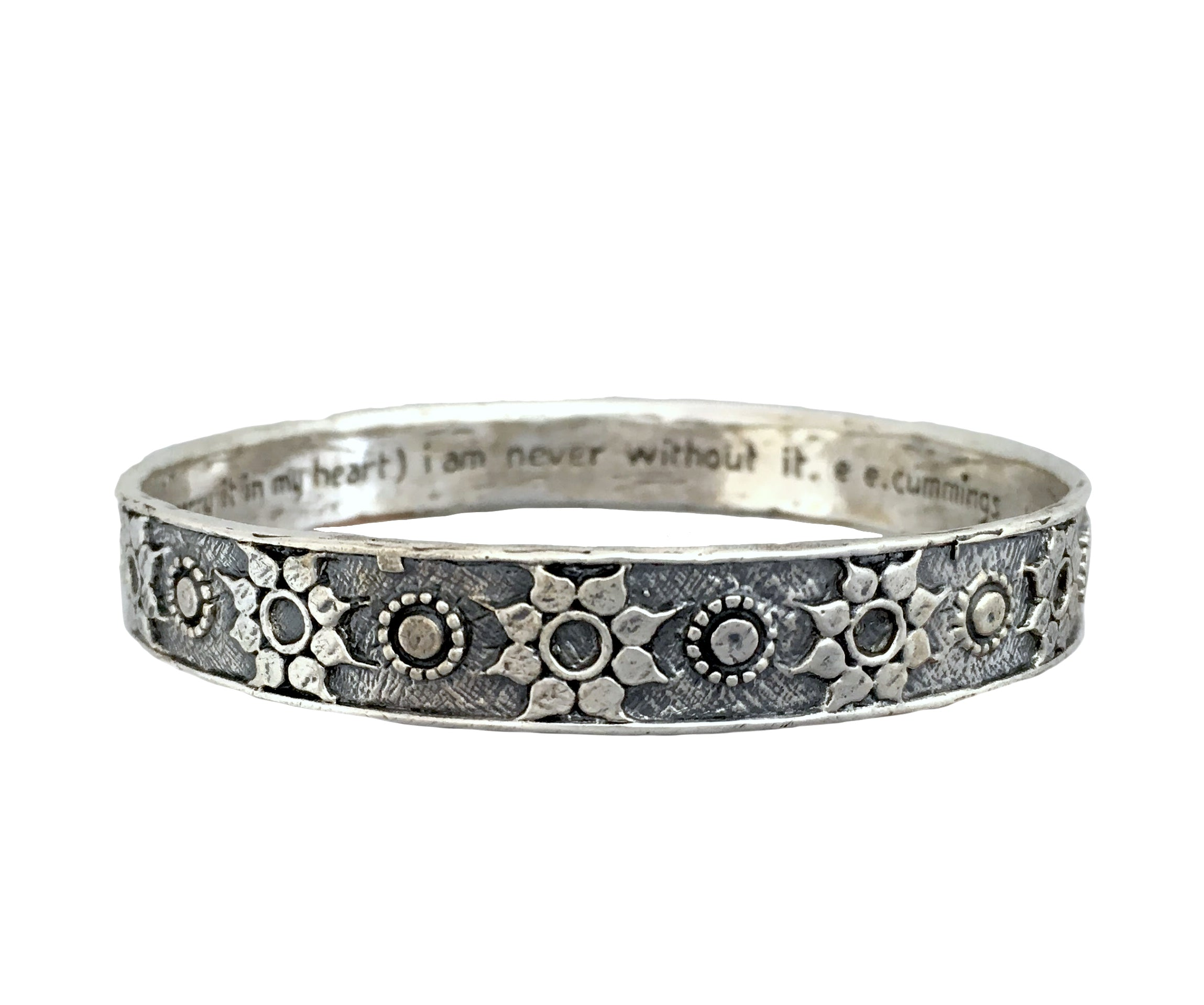 "Bracelets - Love ""Truntum"" Batik Bangle in Sterling Silver 