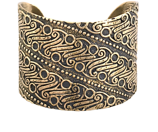 Strength & Courage Parang Goddess Cuff in Bronze