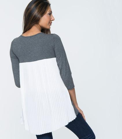 3/4 Sleeve Pleat Back Top - Charcoal & Ivory