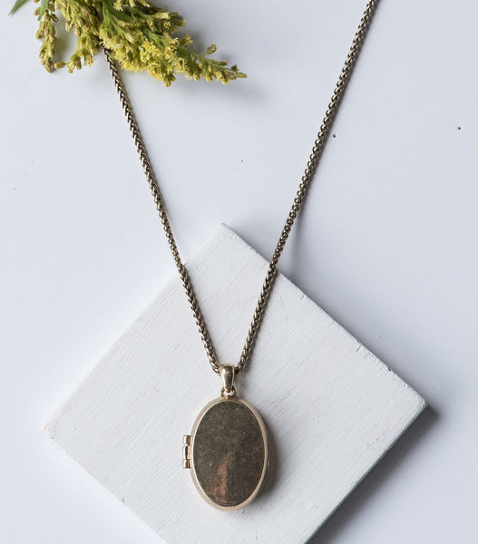 Snake Chain Locket Necklace