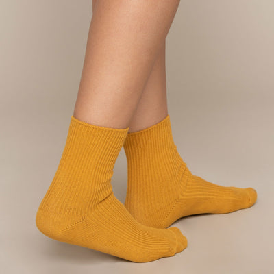 Basic Solid Socks