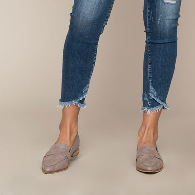 Distressed Overlap Hem Skinny by Flying Monkey