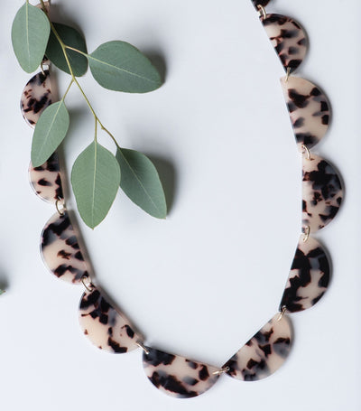 Style Spotted Necklace