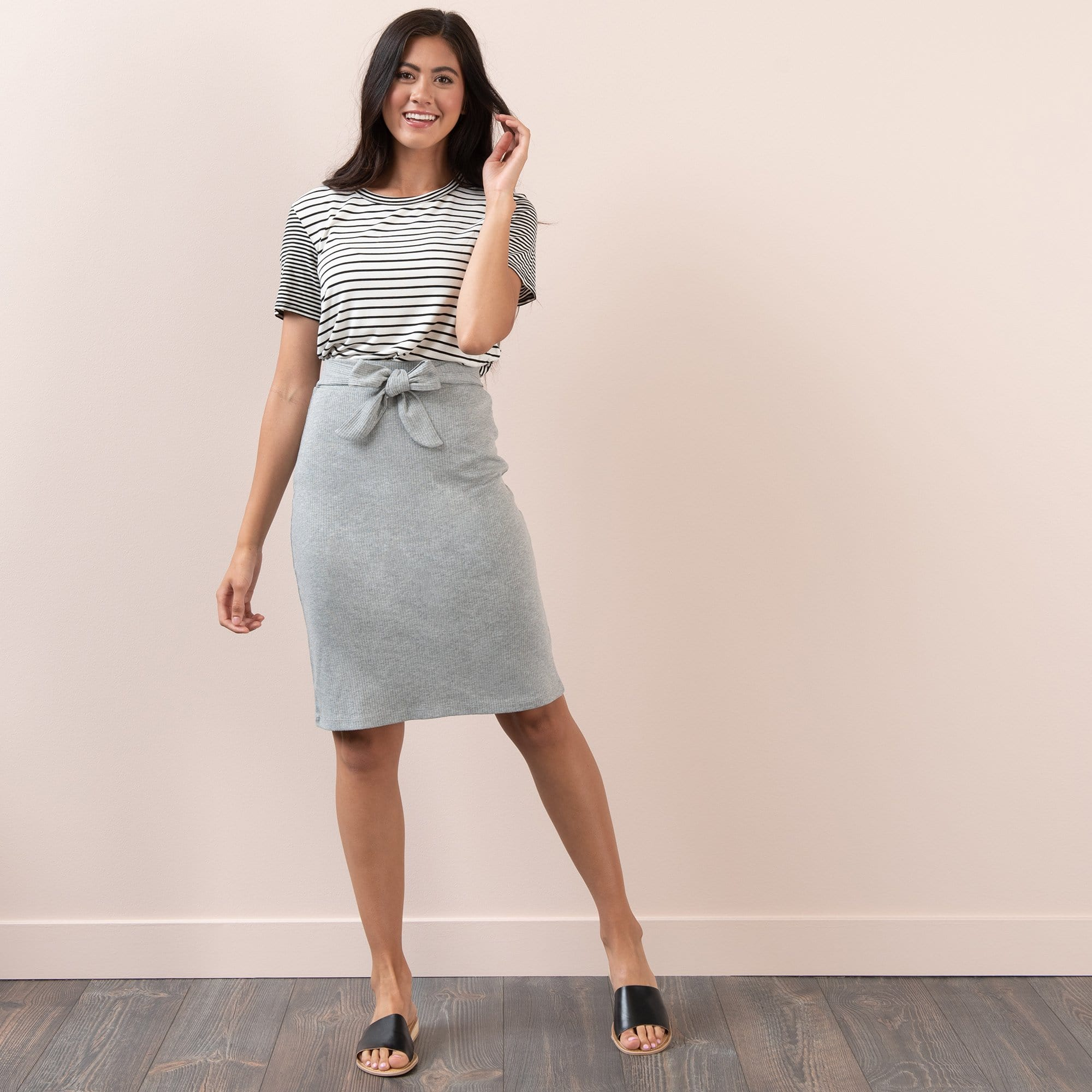 Ribbed Front Tie Skirt