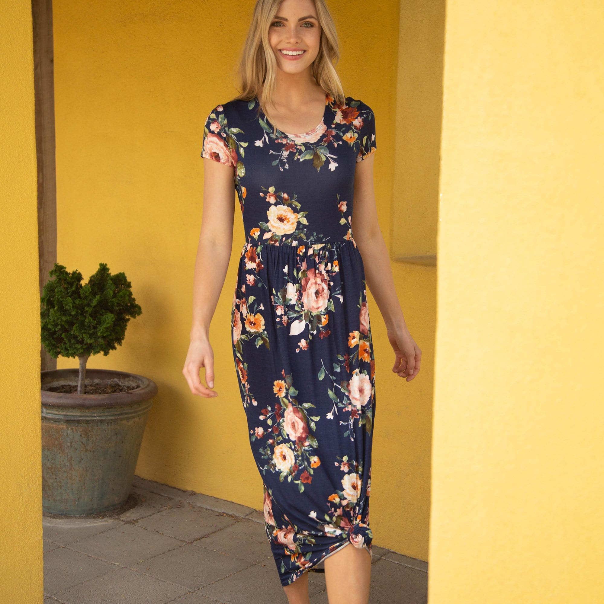b77ec892ad91 Womens Dresses - Downeast