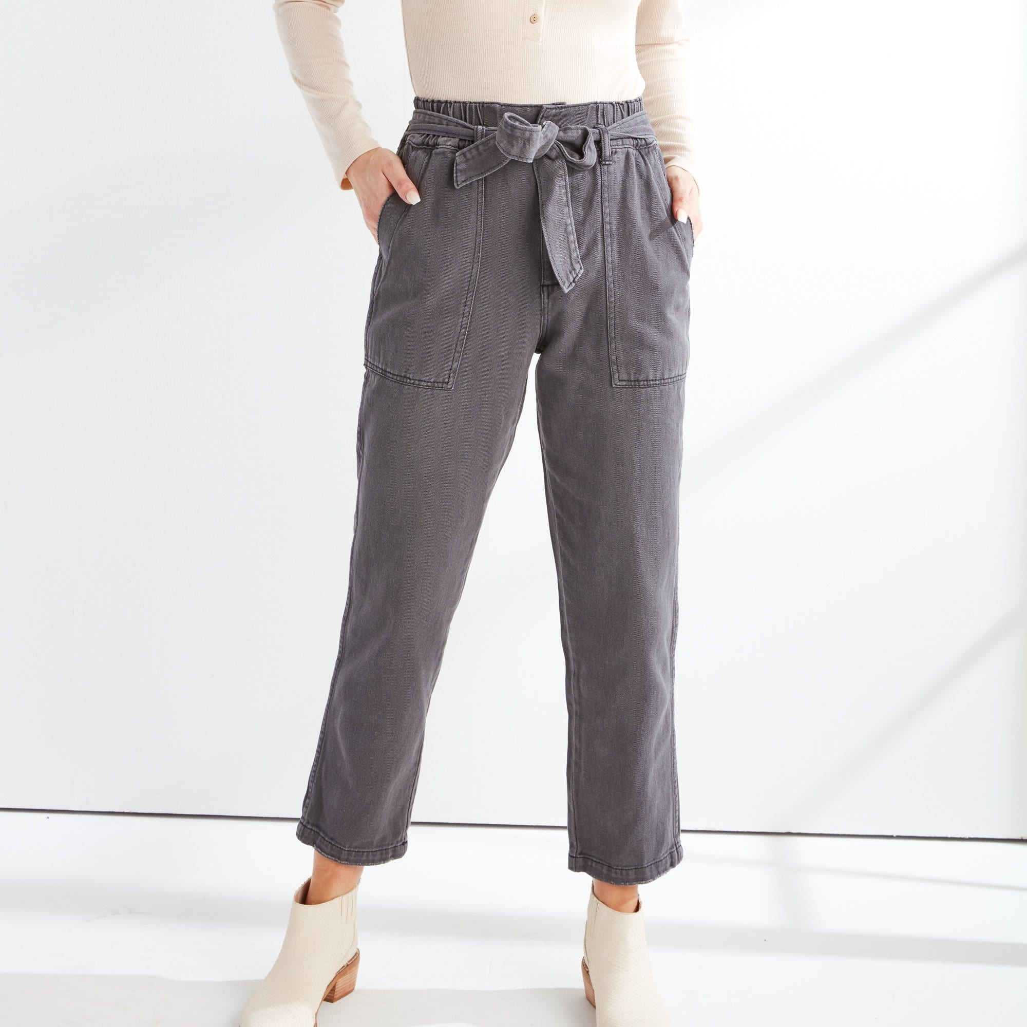 Utility Pant with Tie