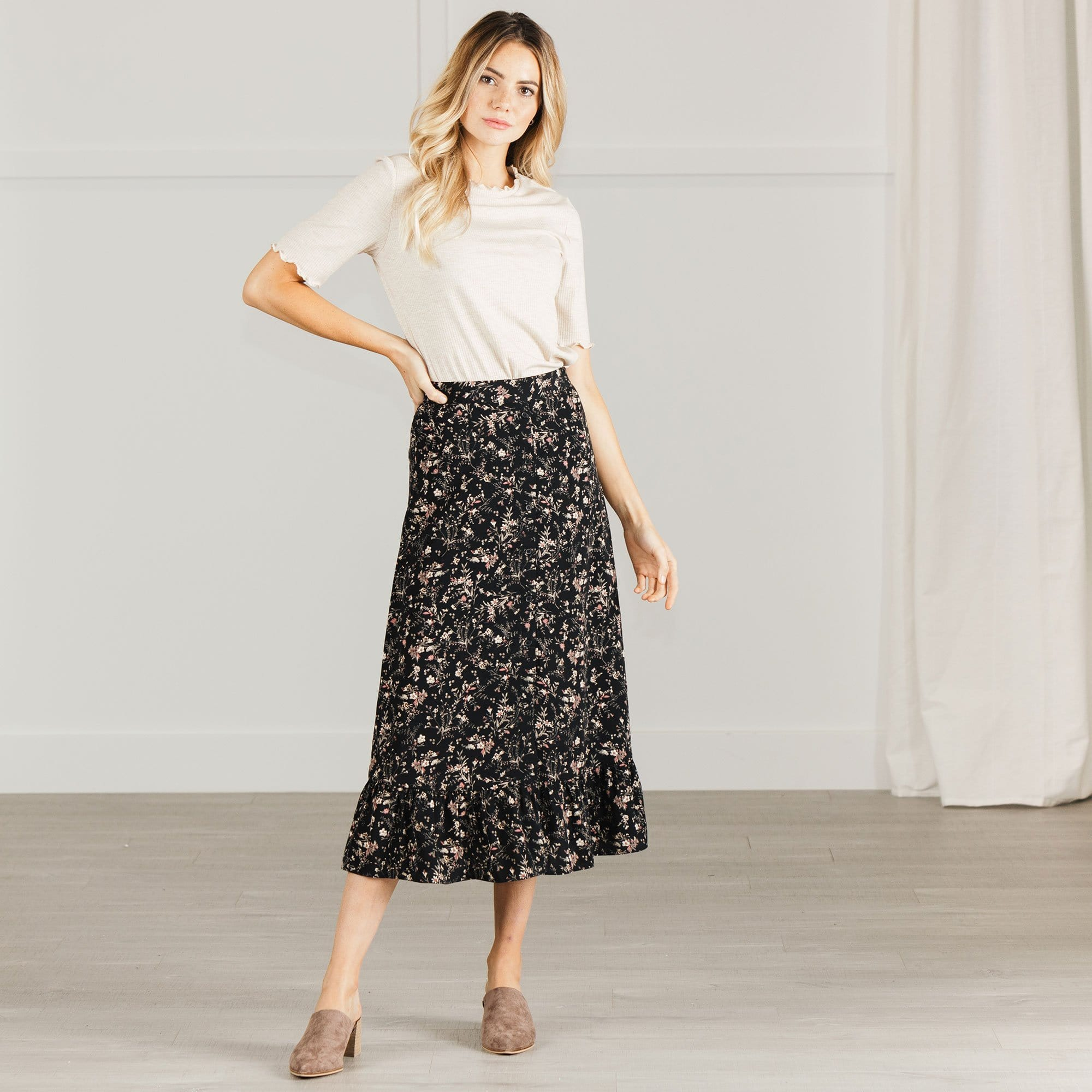 Riley Skirt in Floral