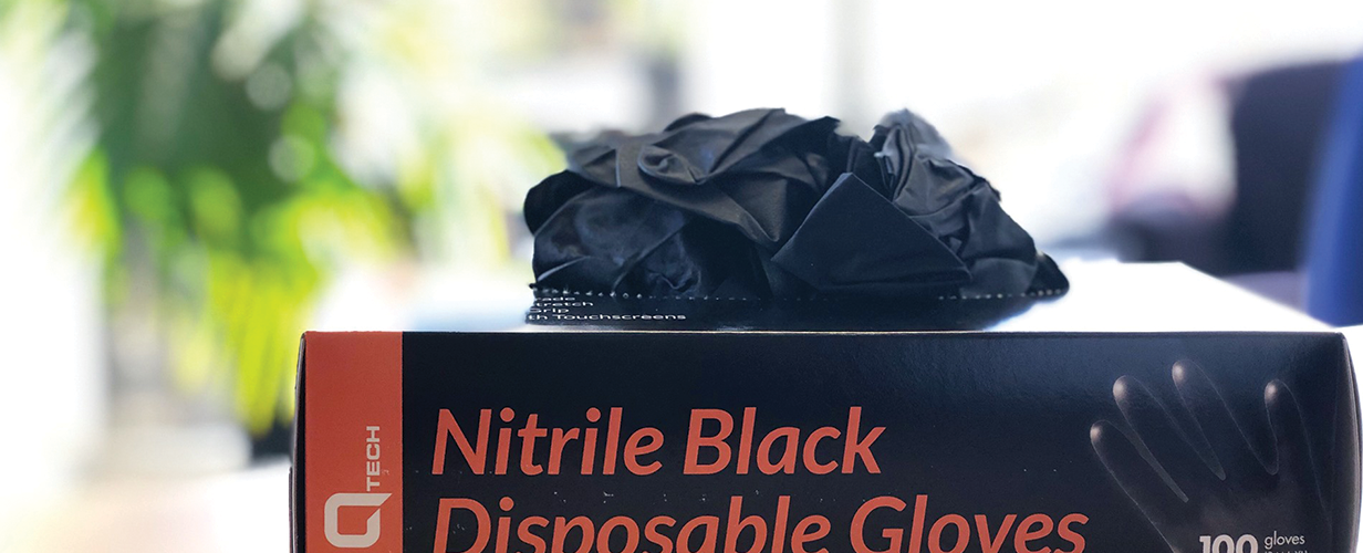 3 Types of Nitrile Gloves | Disposable & Reusable