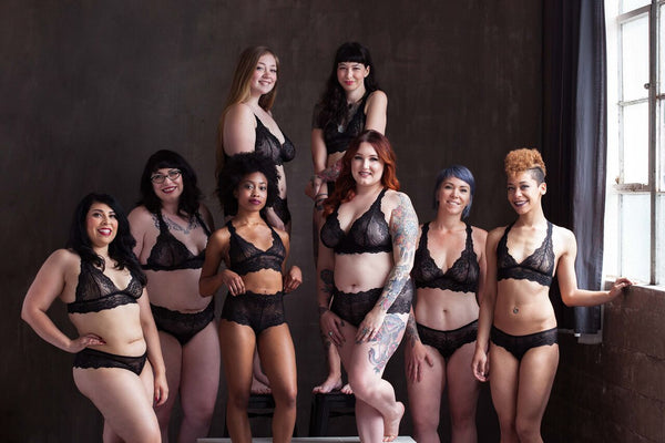 VAVA Lingerie group shot