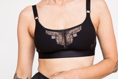 Venus Applique Back Close Camisole Bra