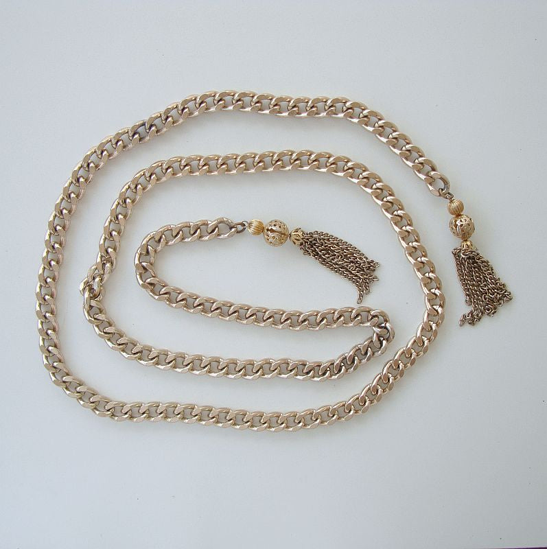 Long 52-inch Curb Link Lariat Necklace Tassels Vintage Flapper Jewelry