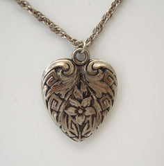 Art Nouveau Metal Heart Pendant Necklace Niello Vintage Jewelry