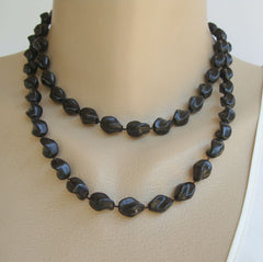 Sarah Coventry HOLIDAY 1974 Black Twisted Bead Necklace Vintage Jewelry