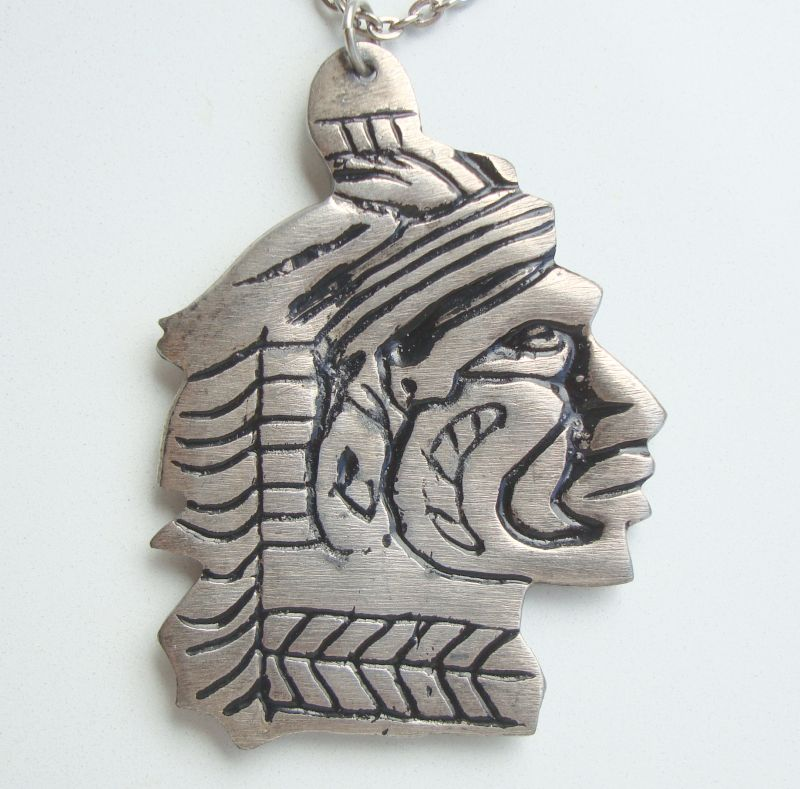 Aztec Tribal Reversible Pewter Pendant Necklace Diamond-Cut Link Chain Vintage Jewelry