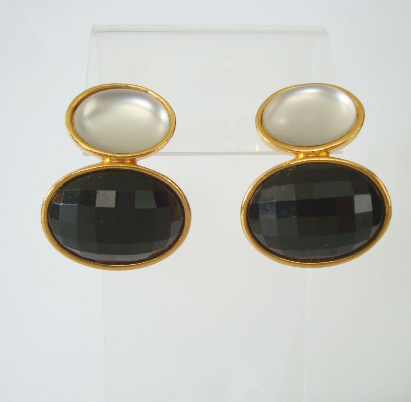 Elegant Moonglow Lucite Black Faceted Cabochon Post Style Earrings Vintage Jewelry