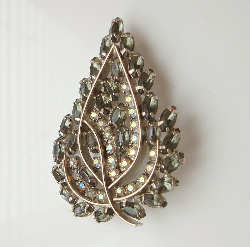 Leaf Shaped Brooch Marquis AB Rhinestone 1950s Vintage Jewelry