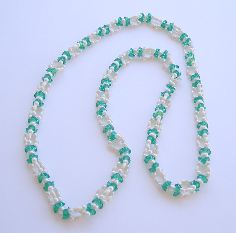 Braided Faux Pearl Green Bead Necklace Vintage Jewelry
