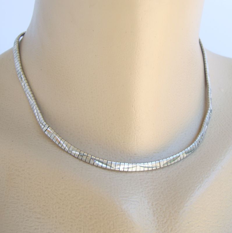 835 Silver Omega Embossed Chain Necklace 16 inches Vintage Jewelry