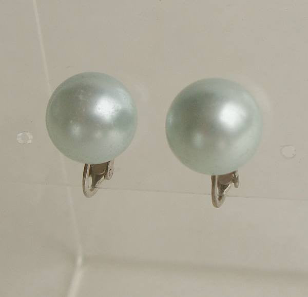 Richelieu Blue Faux Pearl Button Clip On Earrings Vintage