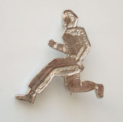 Silvertone Metal Fencing or Martial Arts Brooch Figural Jewelry