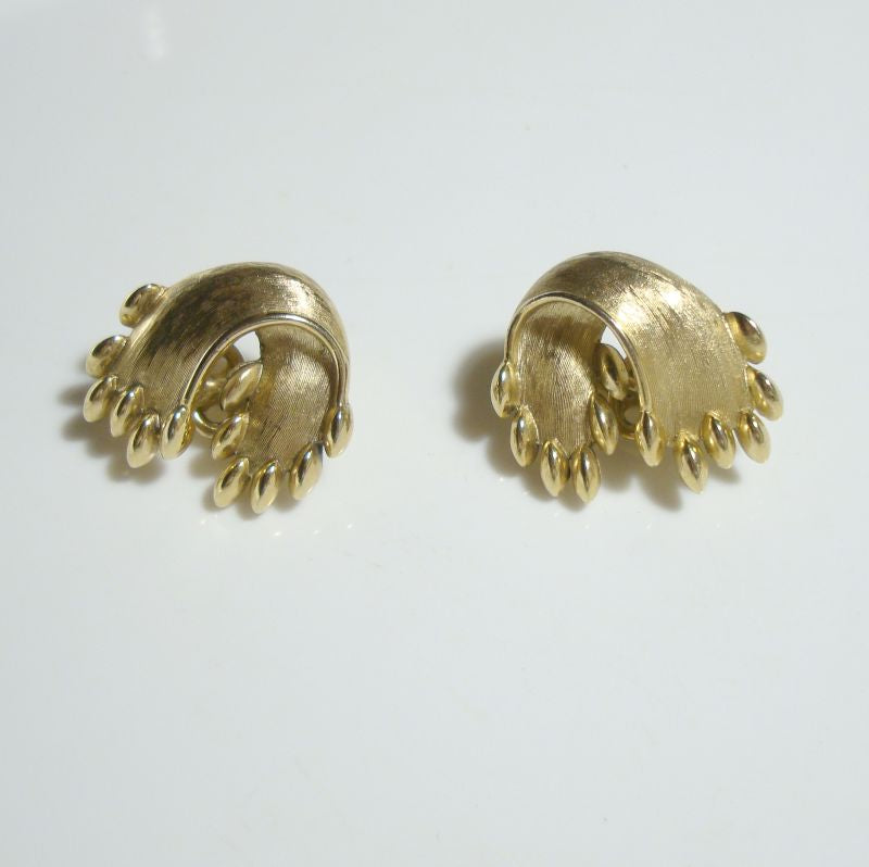 TRIFARI Ribbon Fringe Clip Earrings Mint Jewelry