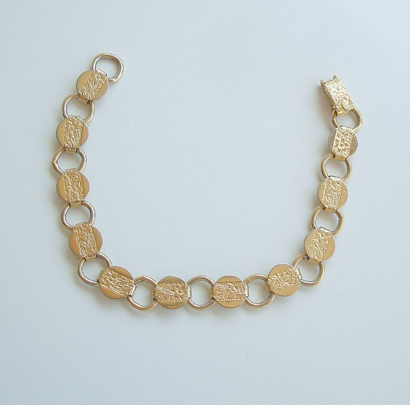 Sarah Coventry YOUNG AND GAY 1967 Link Bracelet