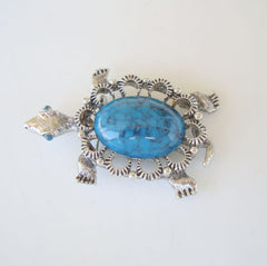 GERRY'S Faux Turquoise Cabochon Turtle Pendant Brooch Vintage Figural Jewelry