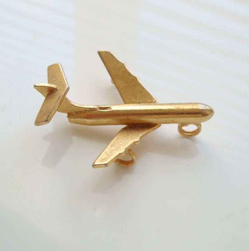 Dimensional Airplane Jet Necklace Pendant Goldtone Vintage Jewelry
