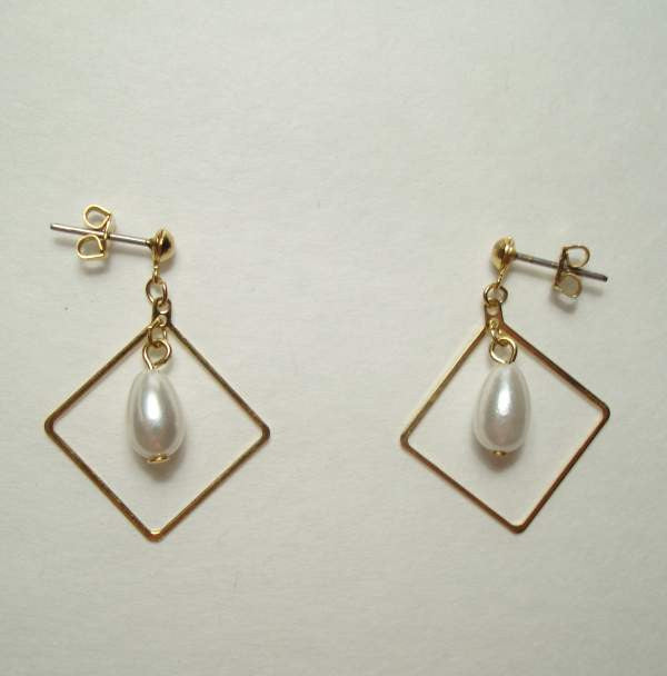 Pearl Drop Earrings Goldtone Diamond Frame Post Style Vintage Jewelry