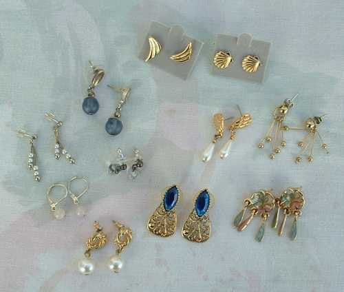 Lot of 11 Short Dangle Earrings Post Style Mostly Vintage Jewelry