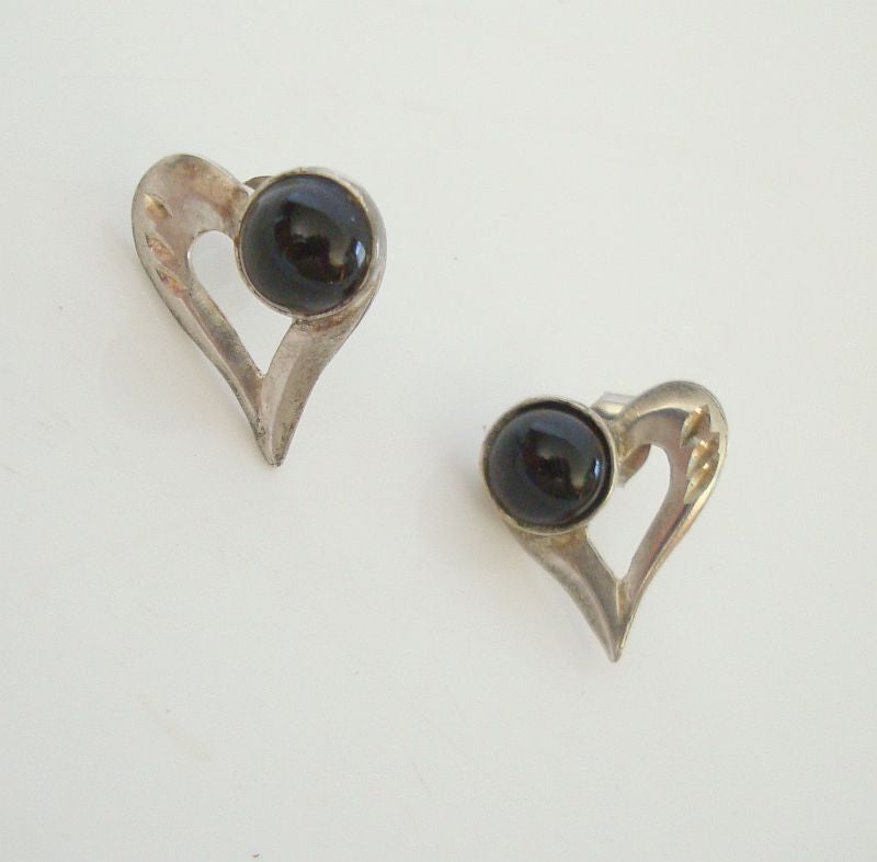 Sterling Silver Heart Earrings Black Cabochon Vintage Jewelry