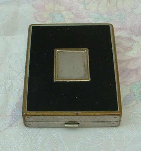 1930s Compact with Powder Dispenser Black Silver Goldtone