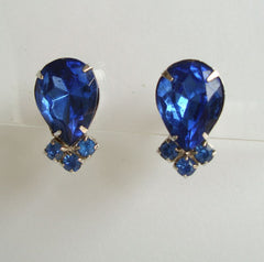 Fab Inverted Pineapple Blue Sapphire Rhinestone Screw Earrings Vintage Jewelry