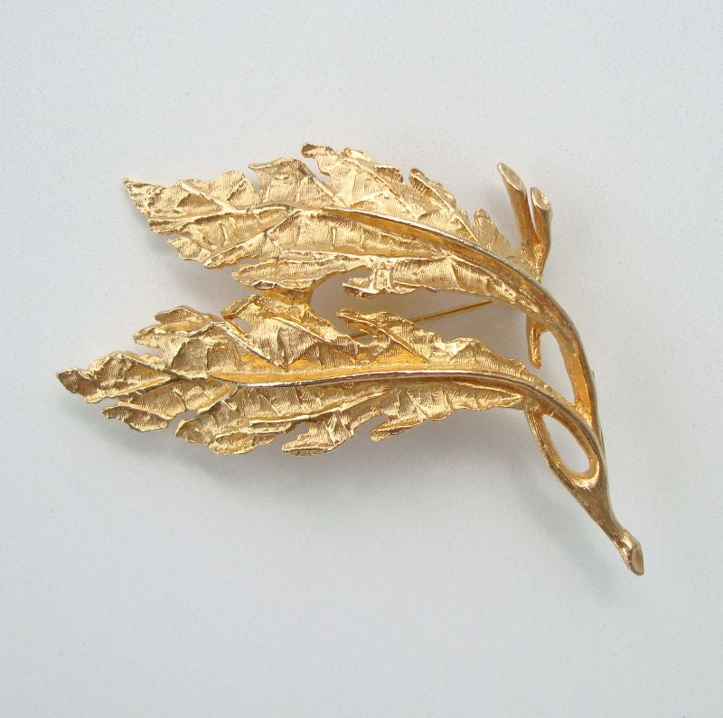 ART (ArtMode) Double Leaf Brooch Embossed Vintage Floral Jewelry
