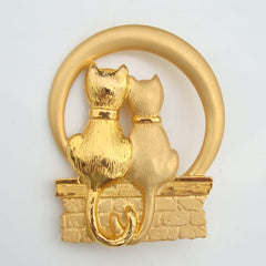 JJ Matt Goldtone Pin Two Cats Wishing Well or Basket Figural Jewelry