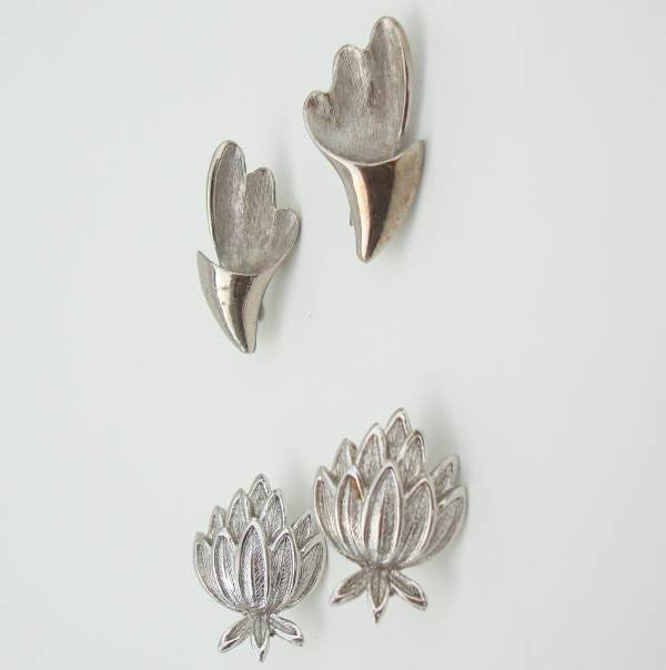 Two Pair Silvertone Clip On Earrings Artichoke Floral Vintage Jewelry