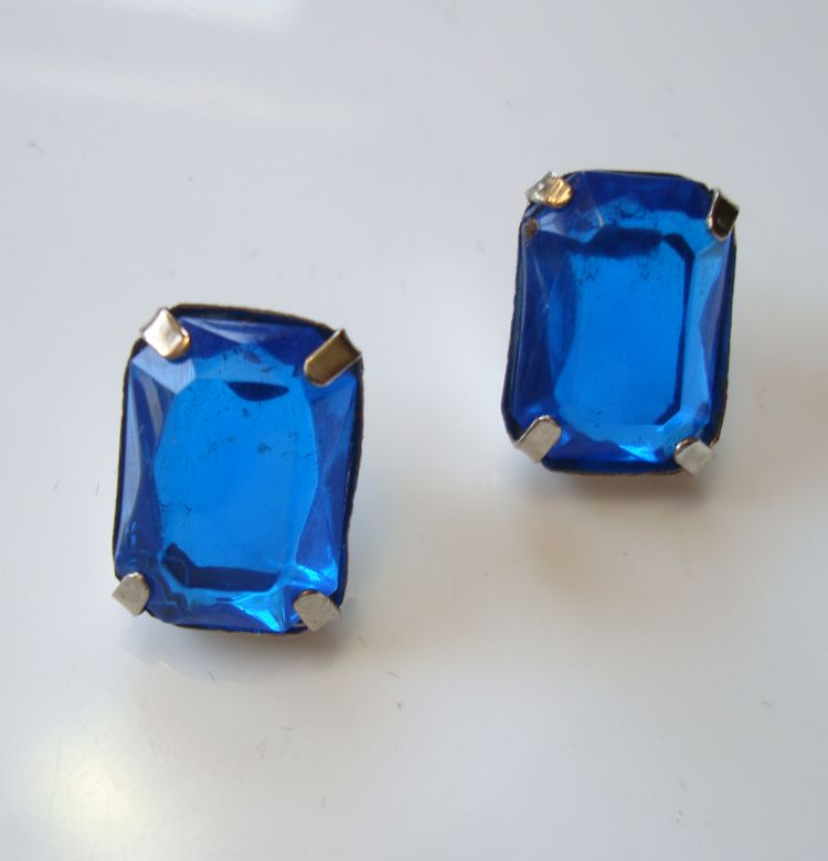 Blue Plastic Cushion Cut Post Style Earrings Lightweight Vintage Jewelry
