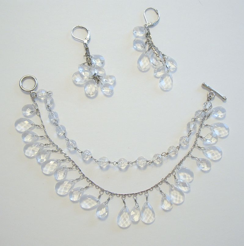 Clear Plastic Crystal Bracelet Earrings Set Faceted Newer Jewelry