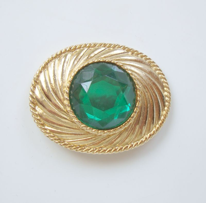 UNGARO Faceted Emerald Green Brooch Broche 1990s Vintage Designer Jewelry
