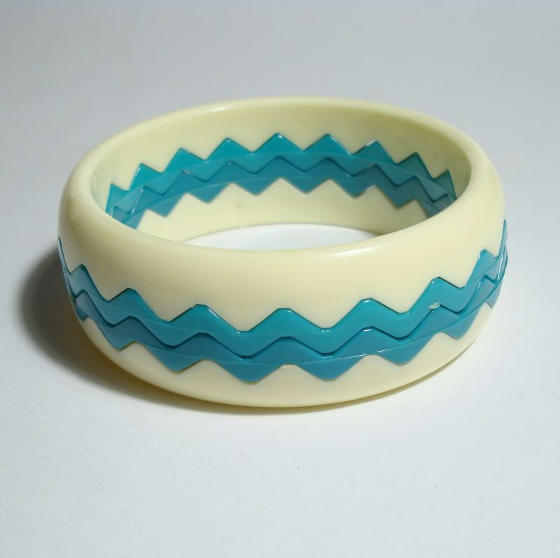 Stacking Bracelets Teal White Nesting Bangles Vintage Jewelry