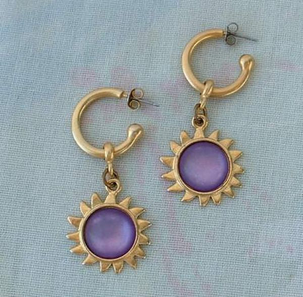 Purple Cabochon Sun Dangle Earrings Matt Goldtone Vintage Jewelry