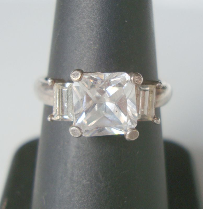 Claire's Rhinestone Ring Size 7.5