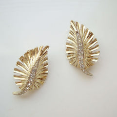 Boucher Stylistic Leaf Feather Rhinestone Clip Earrings Floral Vintage Jewelry