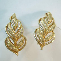 Coro Stylistic Leaf Screw Earrings Goldtone Vintage Jewelry