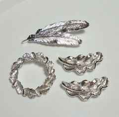 GERRY'S Lot of 4 Bright Silvertone Leaf Pins Wreath Leaves Vintage Jewelry