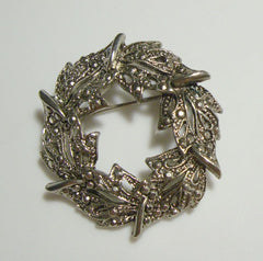 Wreath Circle Pin Faux Marcasites Christmas Holiday Jewelry