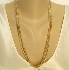 Sarah Coventry 3-Strand Narrow Curb Link Chain Necklace Vintage Jewelry