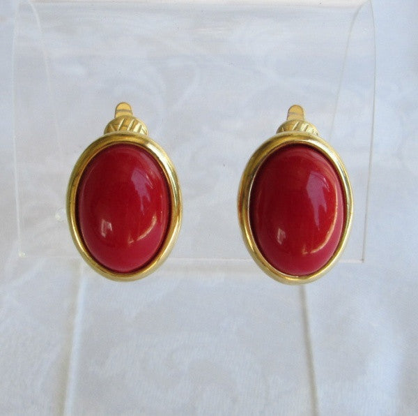 Trifari Fire Engine Red Cabochon Comfort Clip On Earrings Vintage Jewelry