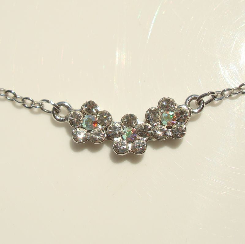 Delicate Daisy Rhinestone Necklace Sparkling AB Floral Jewelry