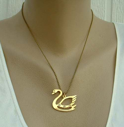 Openwork Swan Pendant Necklace Rhinestones Both Sides Figural Jewelry